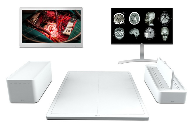 surgical-monitor_clinical-review-monitor_dxd_2